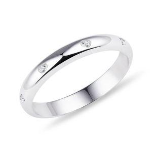 Snubní prsten s diamanty KLENOTA