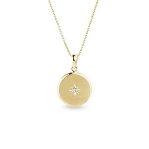 Zlatý medailonek s diamantem a drobnou ruční rytinou KLENOTA