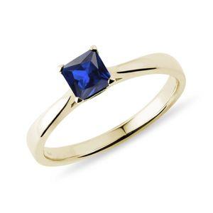 Zlatý prsten se safírem v brusu princess KLENOTA