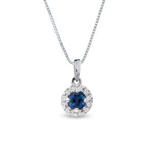 Diamantový náhrdelník se safírem v bílém zlatě KLENOTA