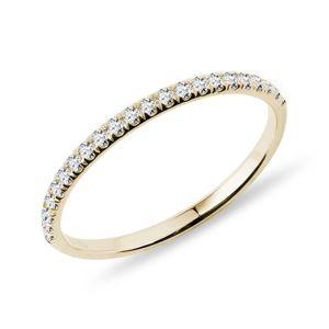 Zlatý prsten s řadou diamantů KLENOTA