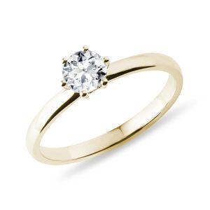 Zlatý zásnubní prsten s 0,5ct diamantem KLENOTA
