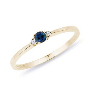 Diamantový prsten se safírem ve zlatě KLENOTA