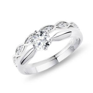 Elegantní snubní a zásnubní prsten v bílém zlatě KLENOTA